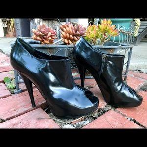 Smoking Hot Fendi Hidden Platform Ankle Boots 37